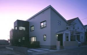 昼夜で雰囲気変わる鹿児島新築建てる