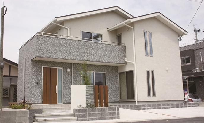 鹿児島で新築建てる施工例外観