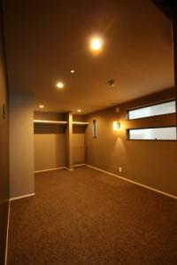 鹿児島で広い寝室建てる